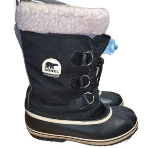 Sorel Yoot Pac Waterproof Youth Size 5 Boots